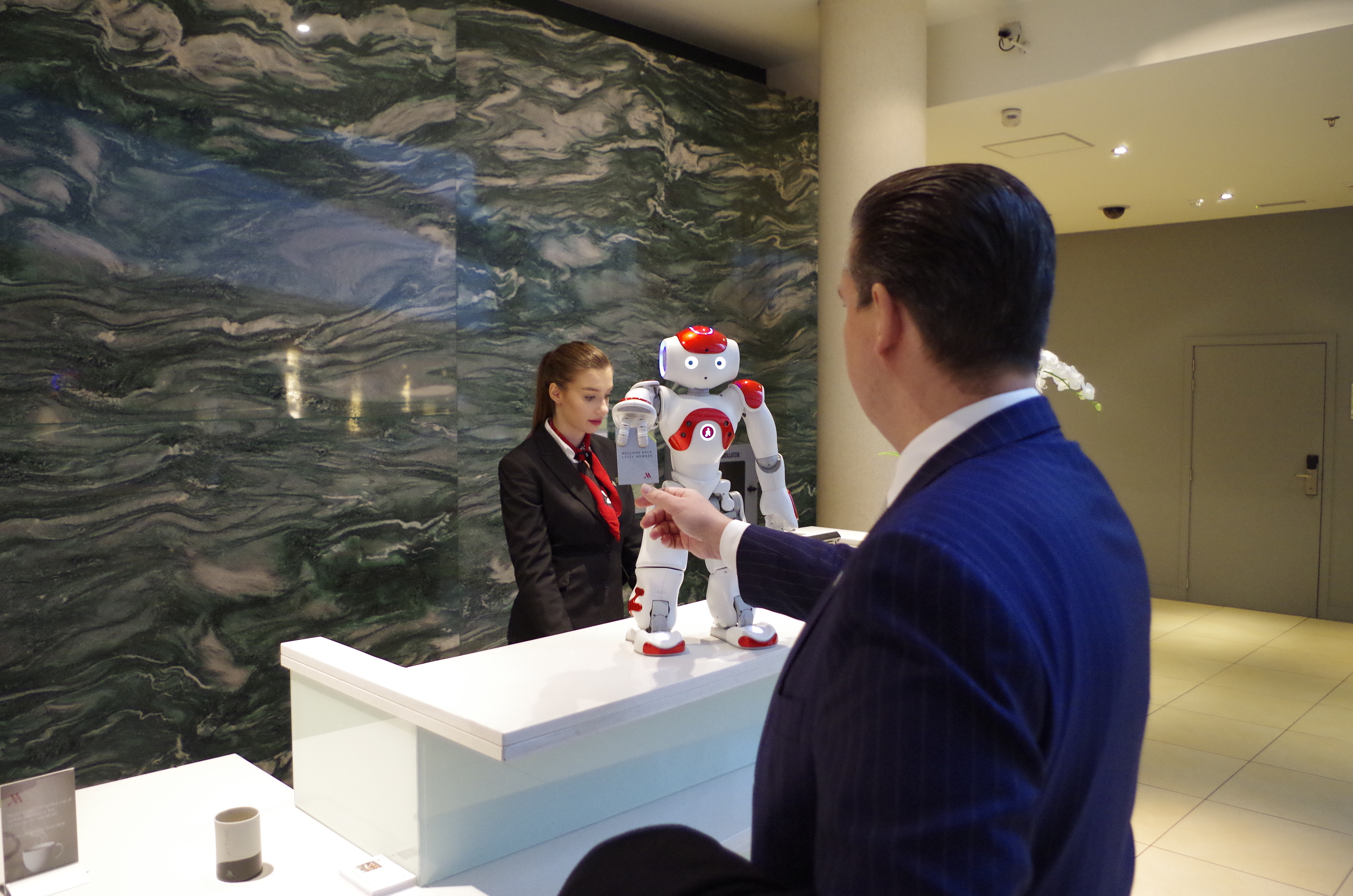 Robots Are Taking Over The Travel Industry And People Are Totally Cool With It Au Abroad