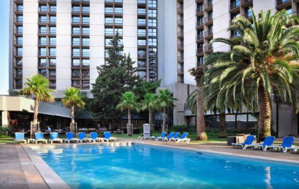 Review lisbon marriott hotel lacks luxury and location - Hotels in lisbon portugal with swimming pool ...