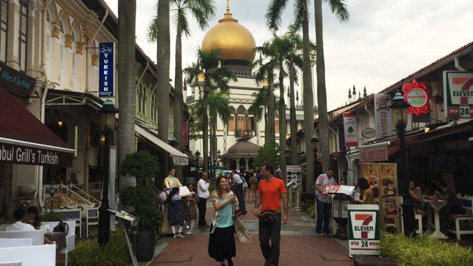 How to live like a local in Singapore: Exploring the history
